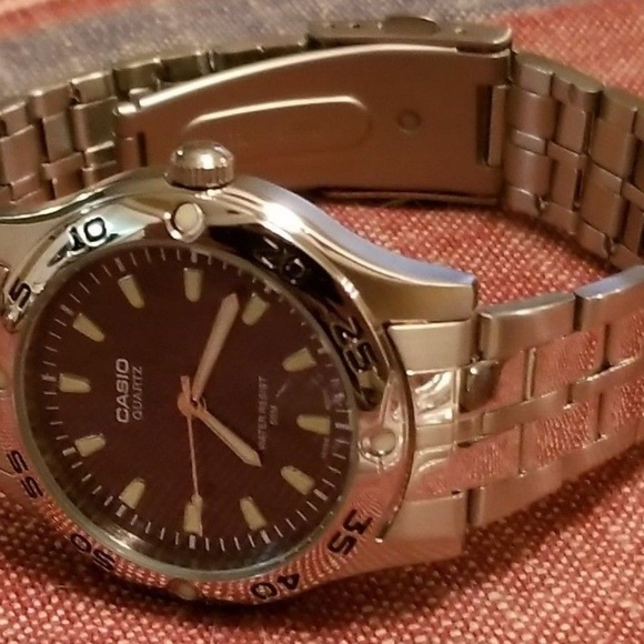 new arrival d2ea7 00951 Casio 1330 MTP1243 Wrist Watch for Men Stainless!